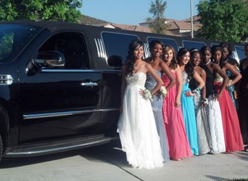 Prom & High School Dance Limousine